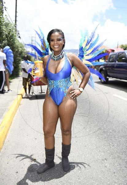 XODUS Carnival Road March · «