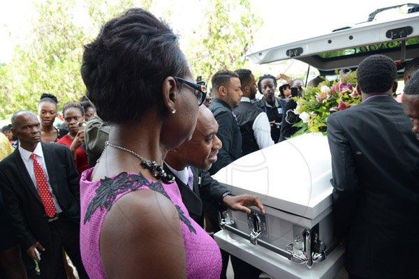 j capri funeral pics of florence - photo#4